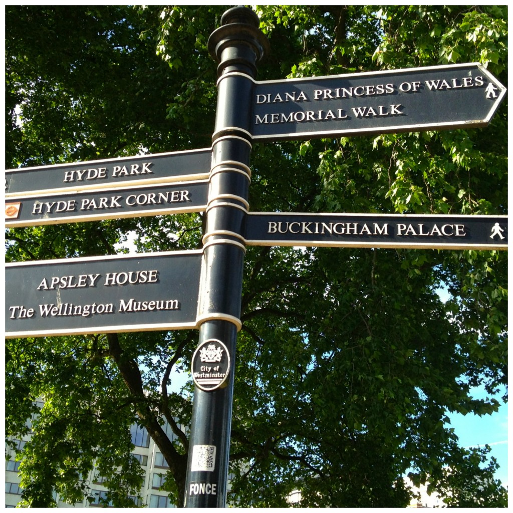 london signs